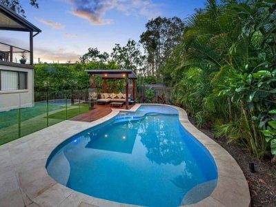 How To Choose A Pool Builder That You Can Trust 100%